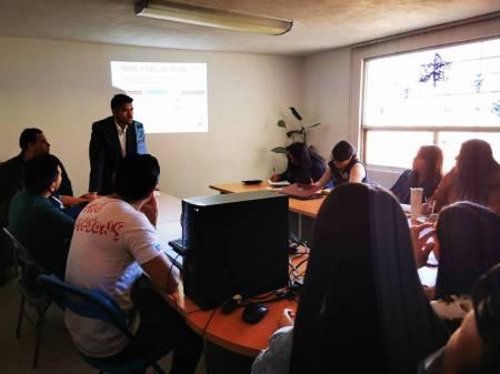 IMJ de Mineral de la Reforma promueve entre jóvenes talleres de Educación Financiera.jpg