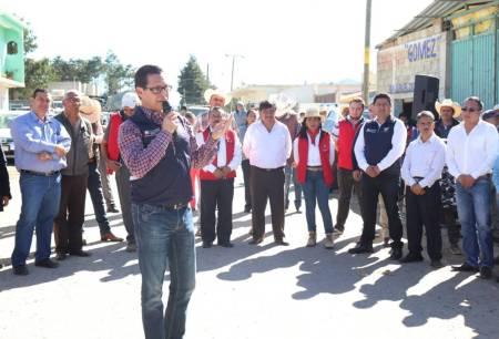 Pavimentarán con concreto hidráulico la carretera Enzuelado – Carpinteros en San Agustín Metzquititlán1.jpg