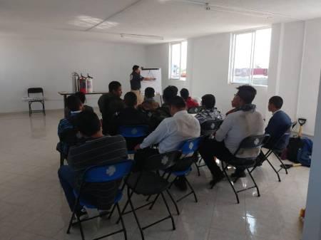 PC Tolcayuca imparte entrenamiento básico contra incendios a menores 1