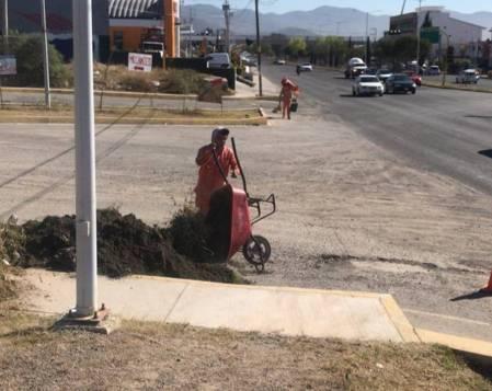 SOPOT realiza trabajos de limpieza en boulevard el Minero1
