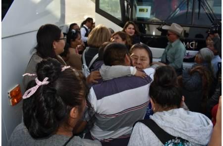 25 viajes de abrazando destinos han beneficiado a más de 900 adultos mayores2.jpg