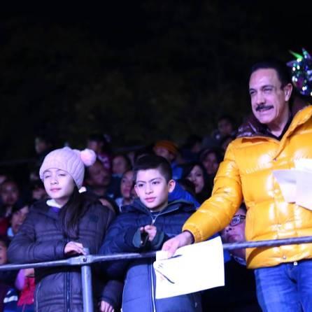 Agradece Omar Fayad a legisladores locales respaldo para actividades navideñas2