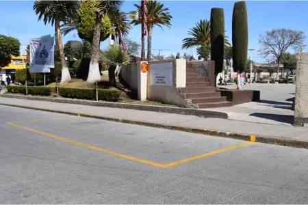 Anuncian cambios en paradas de transporte público en el centro de Santiago Tulantepec.jpg