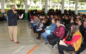 Atilano Rodríguez entregó insumos a escuelas de la región Otomí-Tepehua1