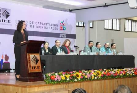 Concluyó primera capacitación que imparte el IEEH a integrantes de los 84 Consejos Municipales1