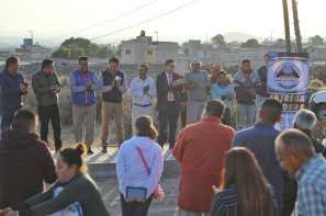 Entrega alcade Raúl Camacho obra de drenaje en Amaque