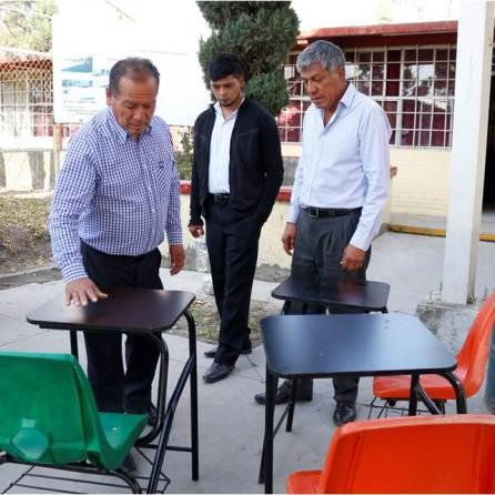 Gabriel García Rojas continúa apoyando a la educación de Tizayuca