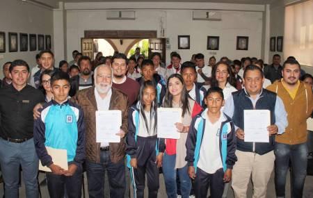 INHIDE firma convenio con el municipio de Tecozautla para la creación de escuelas de iniciación2