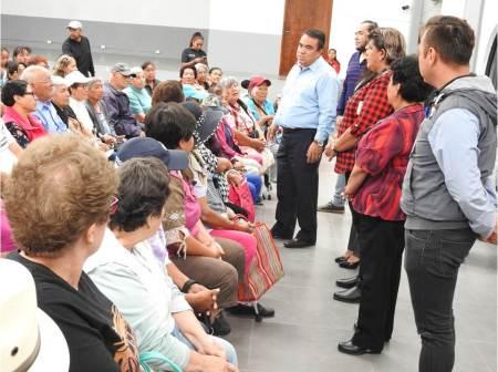 Más de 700 adultos beneficiados con su credencial del INAPAM en Tolcayuca.jpg