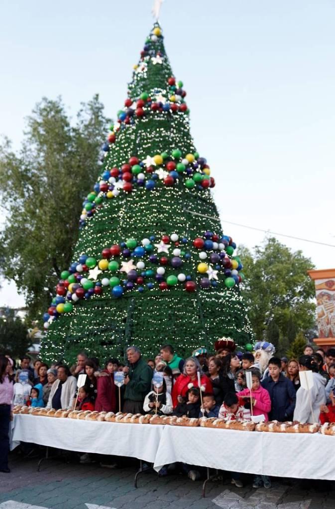 Parten Monumental Rosca De Reyes En Tizayuca 4