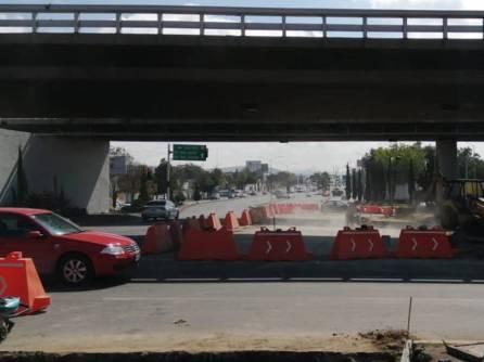 Por construcción de Puente Atirantado, realizan adecuaciones a la circulación vial bajo puente del distribuidor Miguel Hidalgo 3