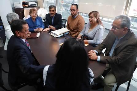 Presentan sindicatos de la UAEH pliego petitorio ante Junta de Conciliación y Arbitraje
