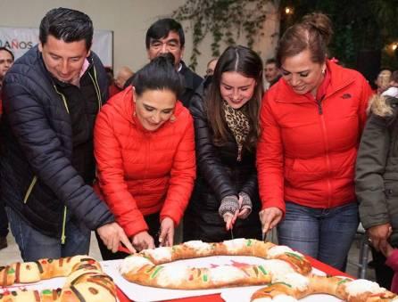 Realiza PRI tradicional partida de Rosca de Reyes3