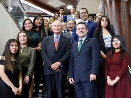 Realiza UAEH homenaje a Juan Velasquez