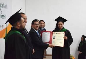 UTMiR entrega títulos a sus graduados 1