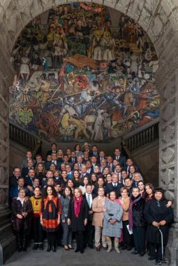 Concluyeron los trabajos de la Plenaria del grupo parlamentario de Morena en el Senado, con diversas mesas de trabajo relevantes para México