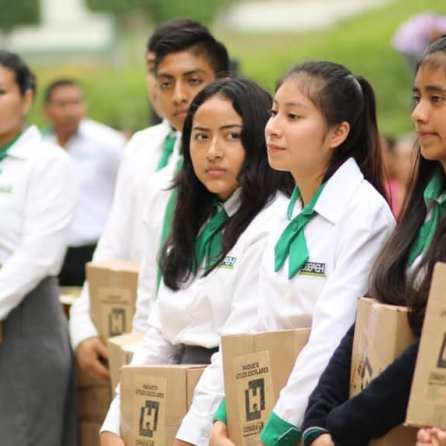 En Hidalgo se ofrecen servicios educativos de calidad al alcance de todas y todos