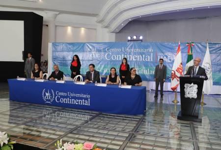 Entrega UAEH título profesional a 131 graduados del CUC1