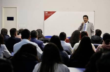 Ex alumnos participan en celebración de 75 años de Escuela de Medicina1