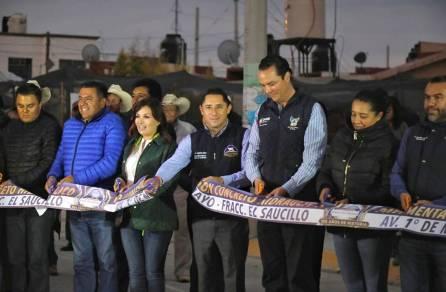 Inaugura Raúl Camacho Baños pavimentación de concreto hidraulico en avenida 1° de mayo del Fracc. El Saucillo 4