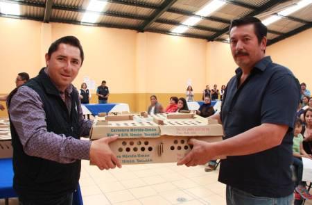 Incentiva Mineral de la Reforma avicultura de traspatio 2