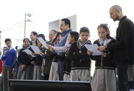 Lectura, punto de unión entre gobierno federal y el de Hidalgo4