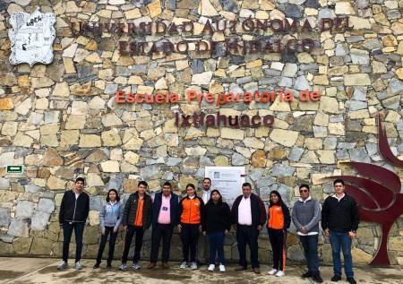 Participan estudiantes de la UAEH en la XIV Olimpiada de Historia2