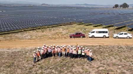 Presenta empresa Atlas funcionamiento del Parque Solar de Nopala de Villagrán a Diputadas y Diputados locales2