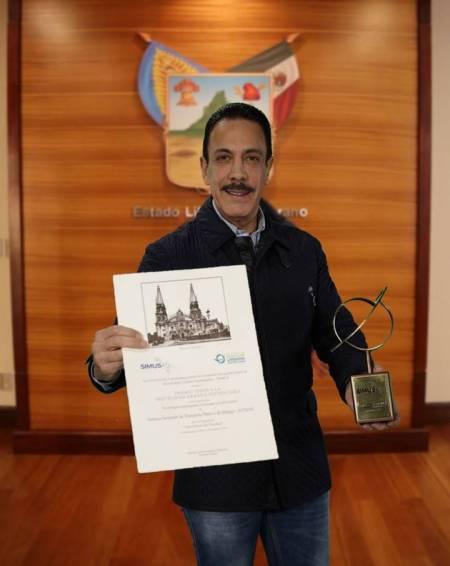 Reconocen a la APP Tuzobús oficial con el Premio Latinoamericano SIMUS
