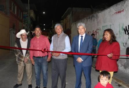 Vecinos de la calle 18 de marzo reconocen al alcalde de Tizayuca por obras y acciones2