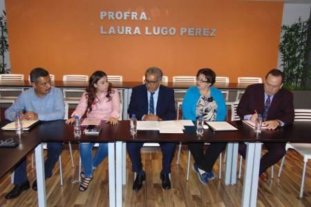 Ante titular de la SEPH, sociedad civil organizada pide ser tomada en cuenta en ejecución de obras educativas