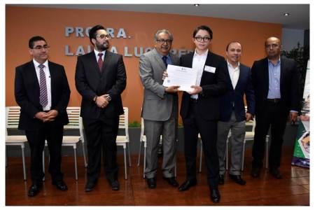Avanza Hidalgo en combate al rezago educativo