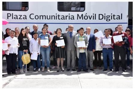 Avanza Hidalgo en combate al rezago educativo2