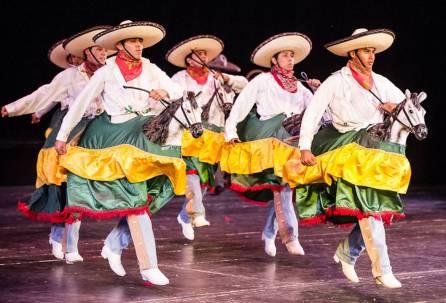 Celebran Día del Bailarín con Ballet Folklóriko del Estado de Álvaro Serrano4