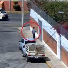 Detienen en Pachuca a presunto desvalijador de vehículos
