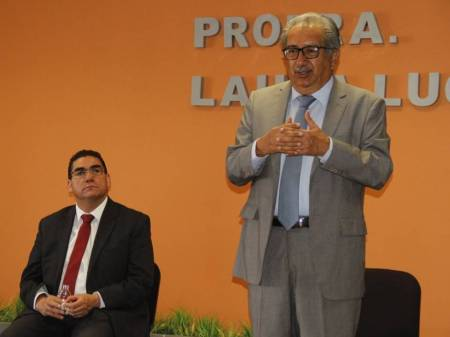 Gobierno de Hidalgo otorga estímulos al desempeño de maestras y maestros1