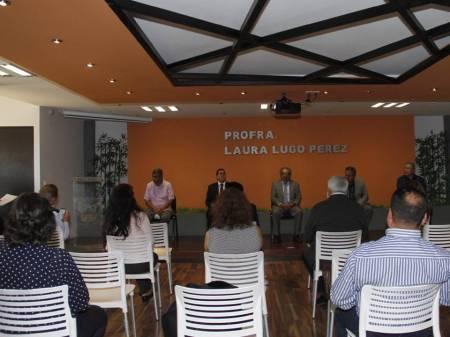 Gobierno de Hidalgo otorga estímulos al desempeño de maestras y maestros2