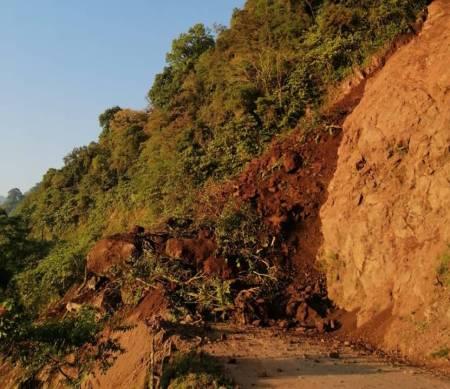 Gobierno del Estado atiende derrumbe en el municipio de Tlanchinol 2