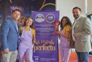 """Invita alcalde Raúl Camacho al Espectáculo Multidisiplinario """"El Regalo Perfecto"""" próximo 26 de marzo en Gota de Plata 1"""
