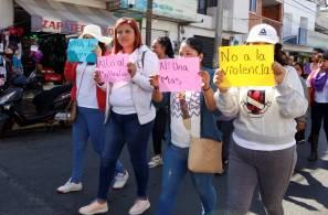 Más de 600 mujeres marchan en Tizayuca para poner un alto a la violencia de género1