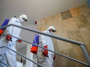 Sanitizan oficinas y espacios públicos en Mineral de la Reforma7