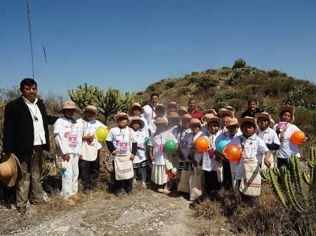 Se incorporan 27 niñas y niños de la comunidad de Chichimecas al programa Cazador@s de Saberes