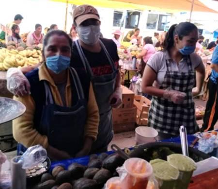 Anuncian fechas especiales de instalación de tianguis en colonias de Santiago Tulantepec