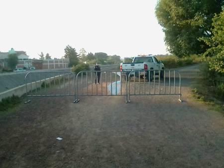 Cierran sendero municipal para prevenir contagios por COVID-19 en Santiago Tulantepec