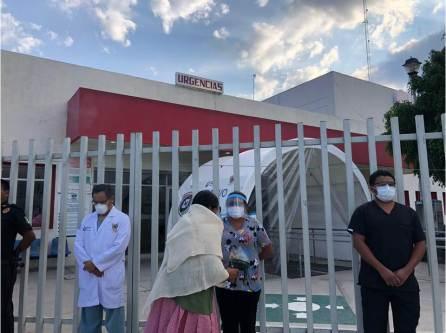 Covid-19, mujeres Hñahñu realizan ritual de purificación a médicos enfermeras en el Hospital de Taxhado4