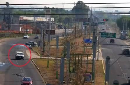 Detienen Policía Estatal y C5i de Hidalgo a individuo tras presunto robo de camioneta2