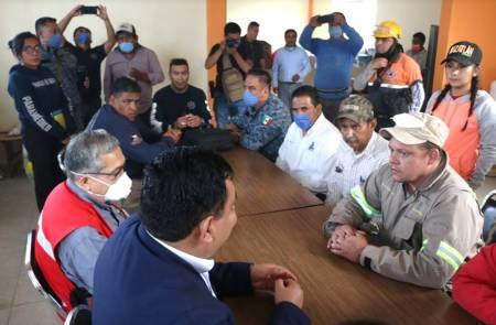 Secretario de Gobierno sostiene reunión con autoridades que participan en labores de control y mitigación de incendio1