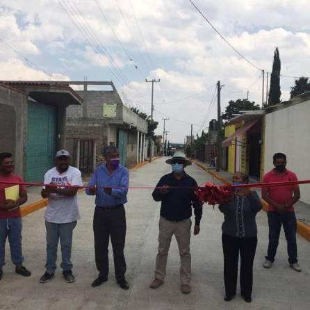 Alcalde de Tizayuca inaugura pavimentación hidráulica en la colonia Emiliano Zapata1