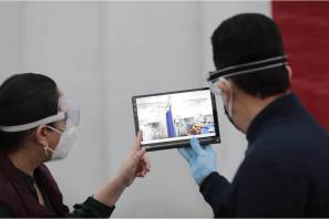 Con tecnología Fayad favorece la comunicación de pacientes Covid-19