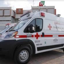Entrega Omar Fayad ambulancias para diferentes regiones de Hidalgo2